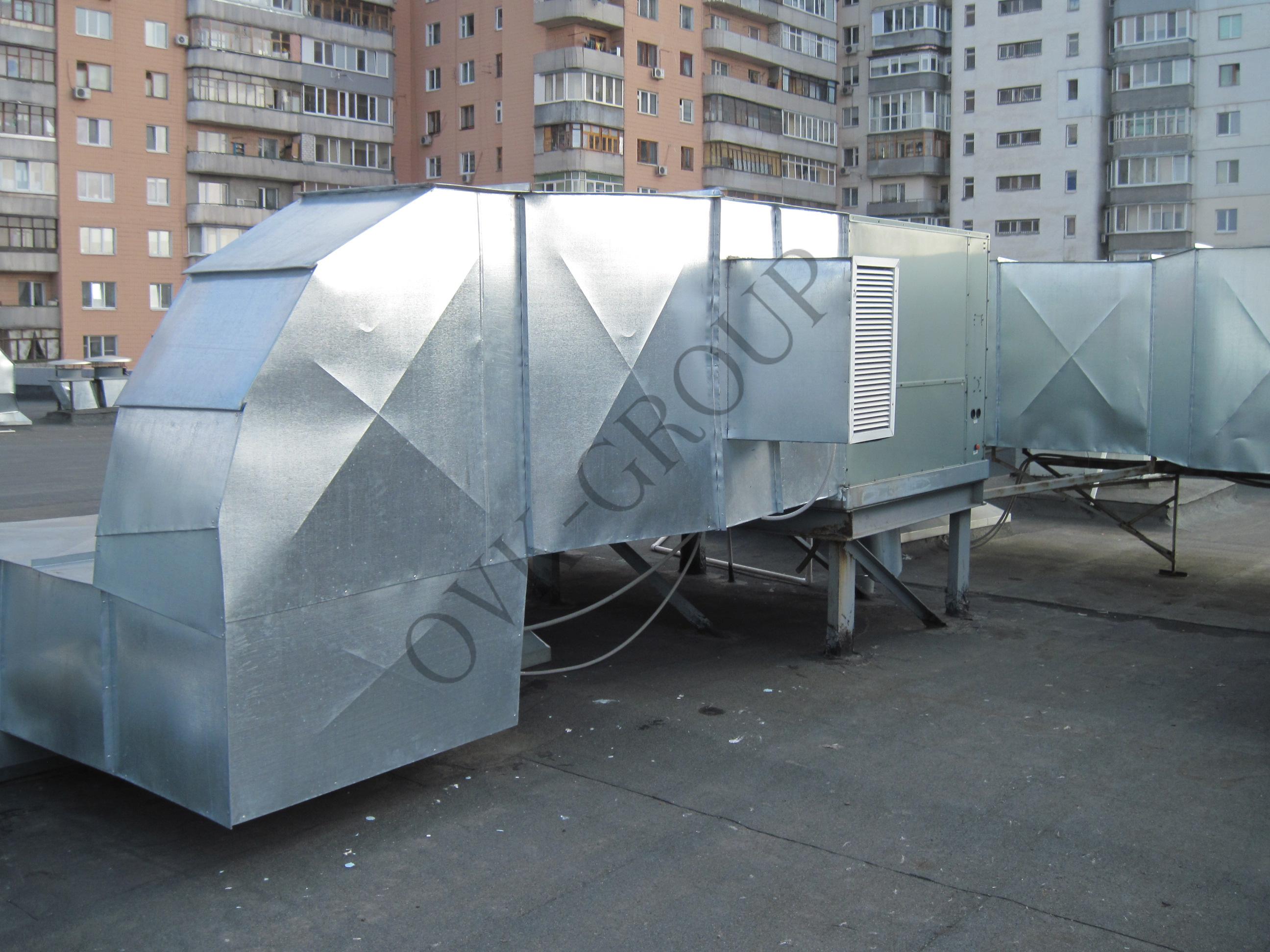 Проект и монтаж руфтопов для системы воздушного отопления и кондиционирования торгового центра