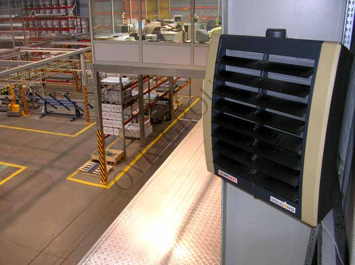 Монтаж тепловентиляторов системы воздушного отопления производственного цеха